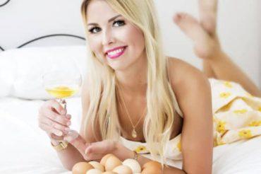 """Vivika Oolo jagab septembrikuu ajakirjas """"Anne & Stiil"""" ilunippi. Toores muna on supertoit"""